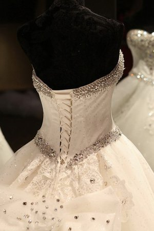 Le but principal d'une robe et la raison du choix peuvent 9ce2-6a5vi-robe-de-mariee-en-tissu-paillete-eblouissant-extraodinaire-formelle-grandiose