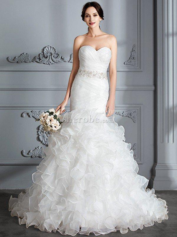 Vestidos de novia corte sirena con escote corazon