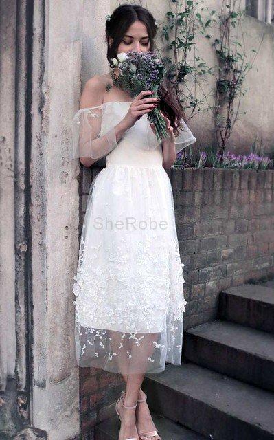 1b789eaddd6 Moderno Vestido de Novia en Tul de Manga corta de Escote con Hombros caídos  ...