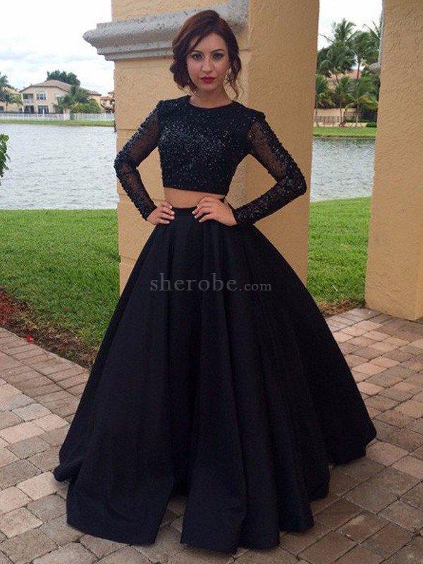 90865e405a97 Abito da Sera Vintage in Raso Ball Gown con Maniche Lunghe A Terra ...