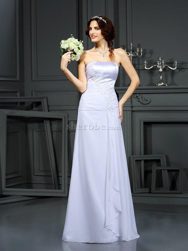 18d948eb5 Clasico Vestido de Novia de Corte Recto de Escote sin tirantes de Cola  Barriba ...